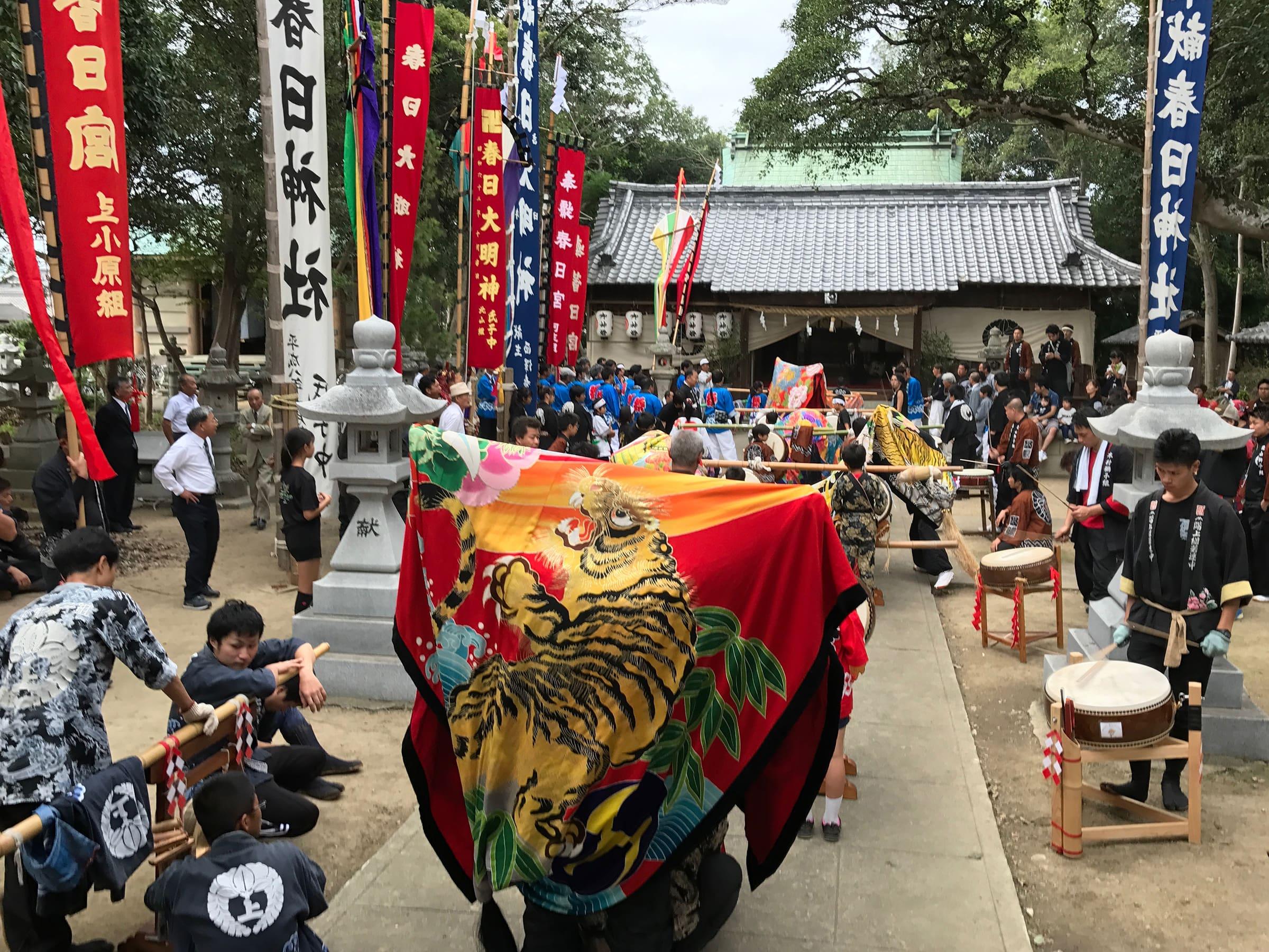 2017年 多度津町山階・春日神社 秋季例大祭 舞い込み 上小原獅子組