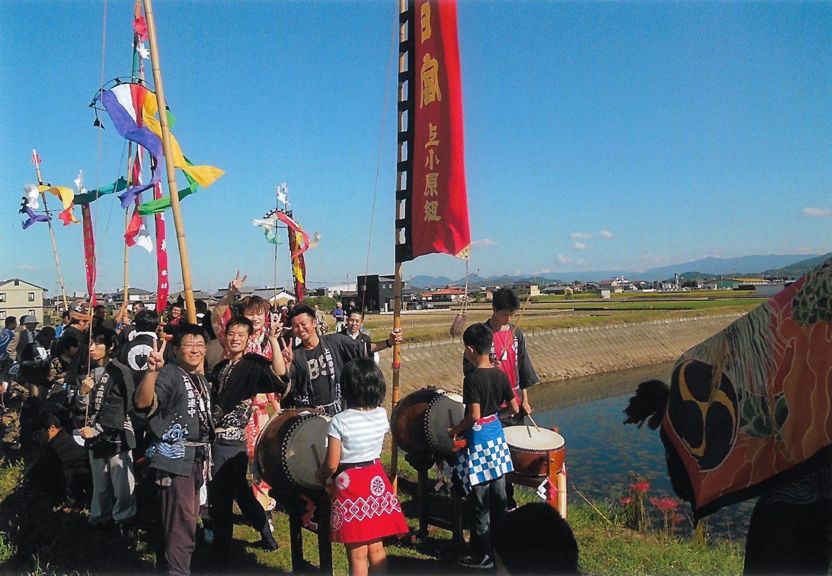 2013年 多度津町山階・藤波池 秋季例大祭 池周り 上小原獅子組