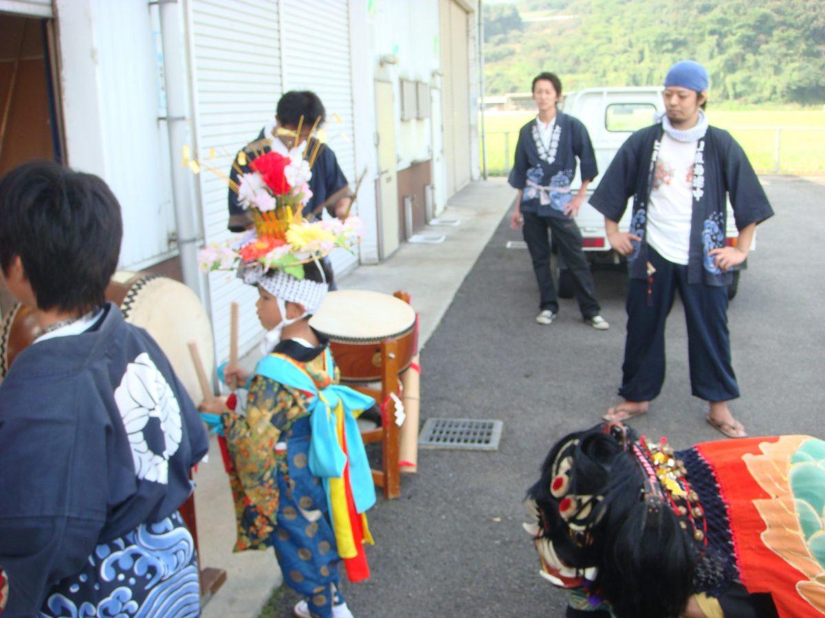 2008年 四国新聞 多度津西部専売所 秋祭り ヘンド 上小原獅子組