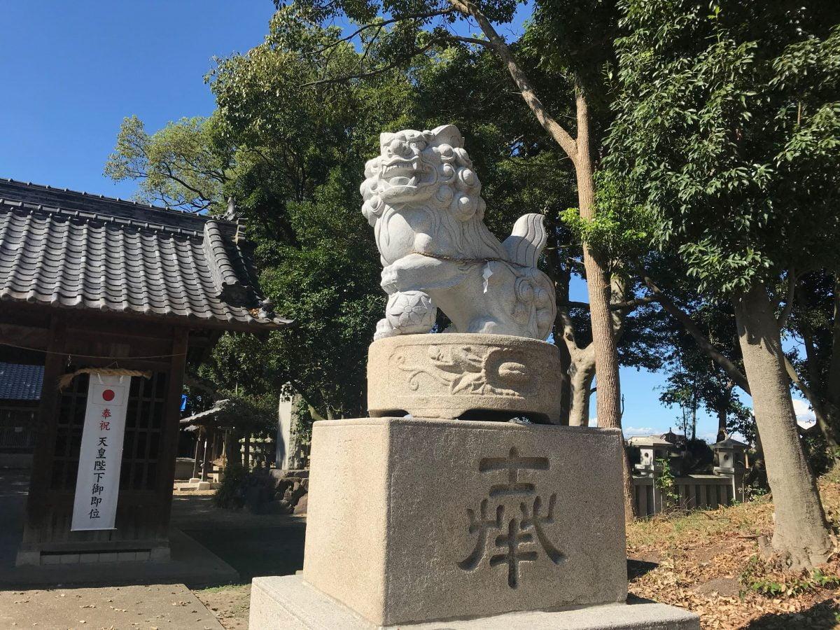 多度津町山階・春日神社 狛犬