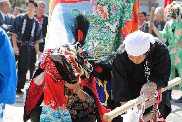 2016年 多度津町山階・春日神社 秋季例大祭 傘揃え 上小原獅子組